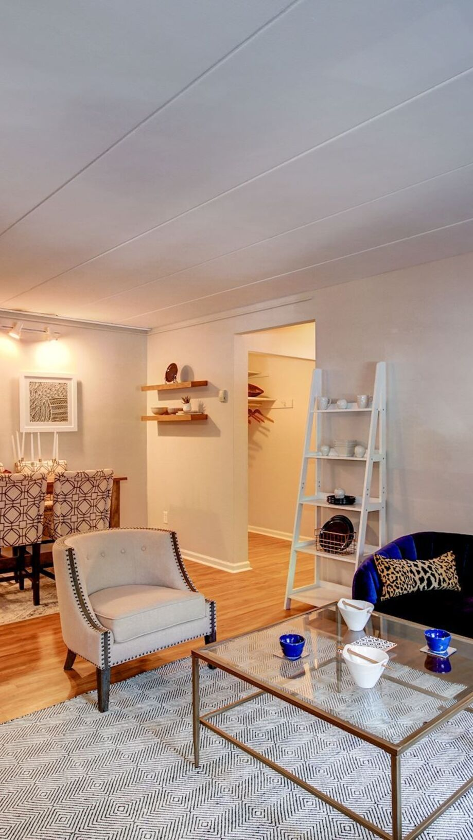 Apartments in Philadelphia, PA | Chestnut Hill Village
