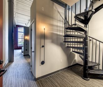 Pac10 Lofts
