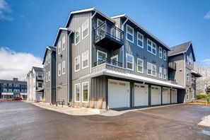 HAVEN APTS AT ORENCO STATION