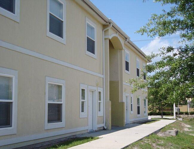 Evergreen Manor Apartments