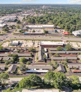 Towne Oaks Townhomes