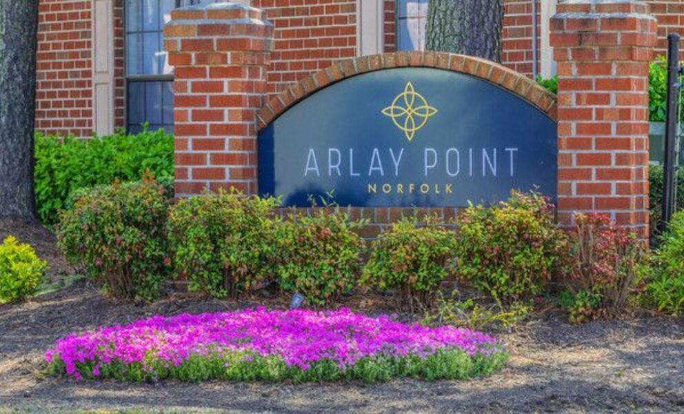 Arlay Point