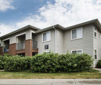 The Woodlands - exterior apartment building photo