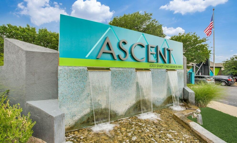 Ascent Lake Worth