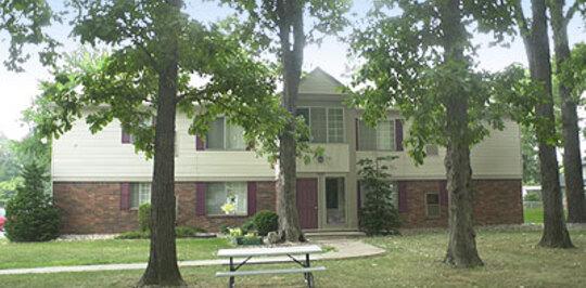 Devonshire Village Apartments - Trenton, MI Apartments for Rent