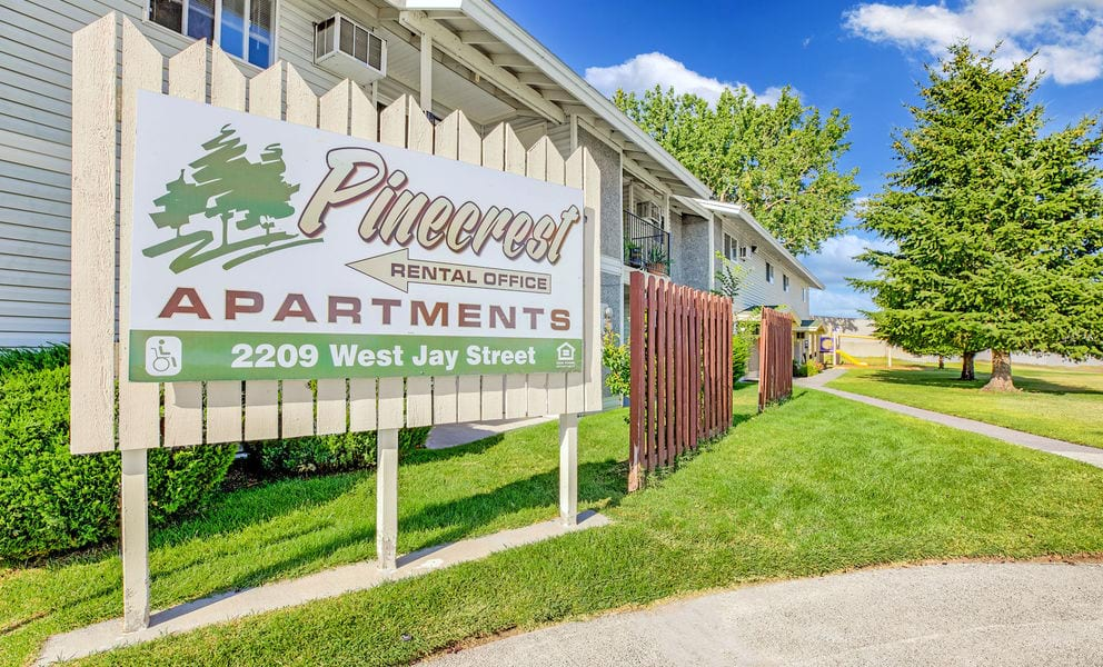 Pinecrest Apartments