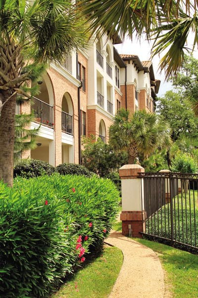 Contact Braeswood Place