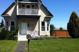 $1500 Three bedroom in Port Angeles-233 Chase St.