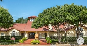 Contact Villas At Chase Oaks