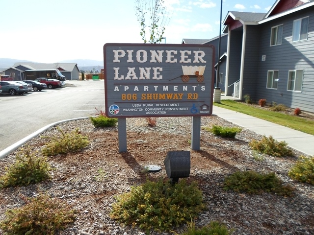 Pioneer Lane Apartments