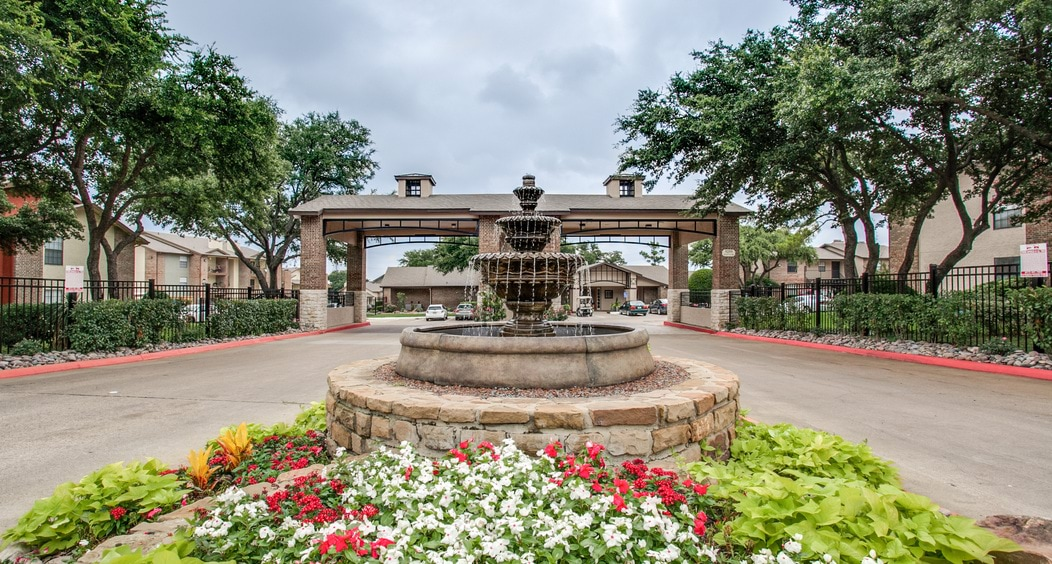 Cameron Creek Apartments for rent in Wedgwood Fort Worth