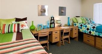 ASU Apartments in Tempe | Villas on Apache Apartments
