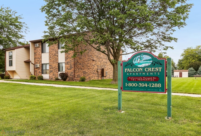 Apartments for Rent in Dewitt, IA
