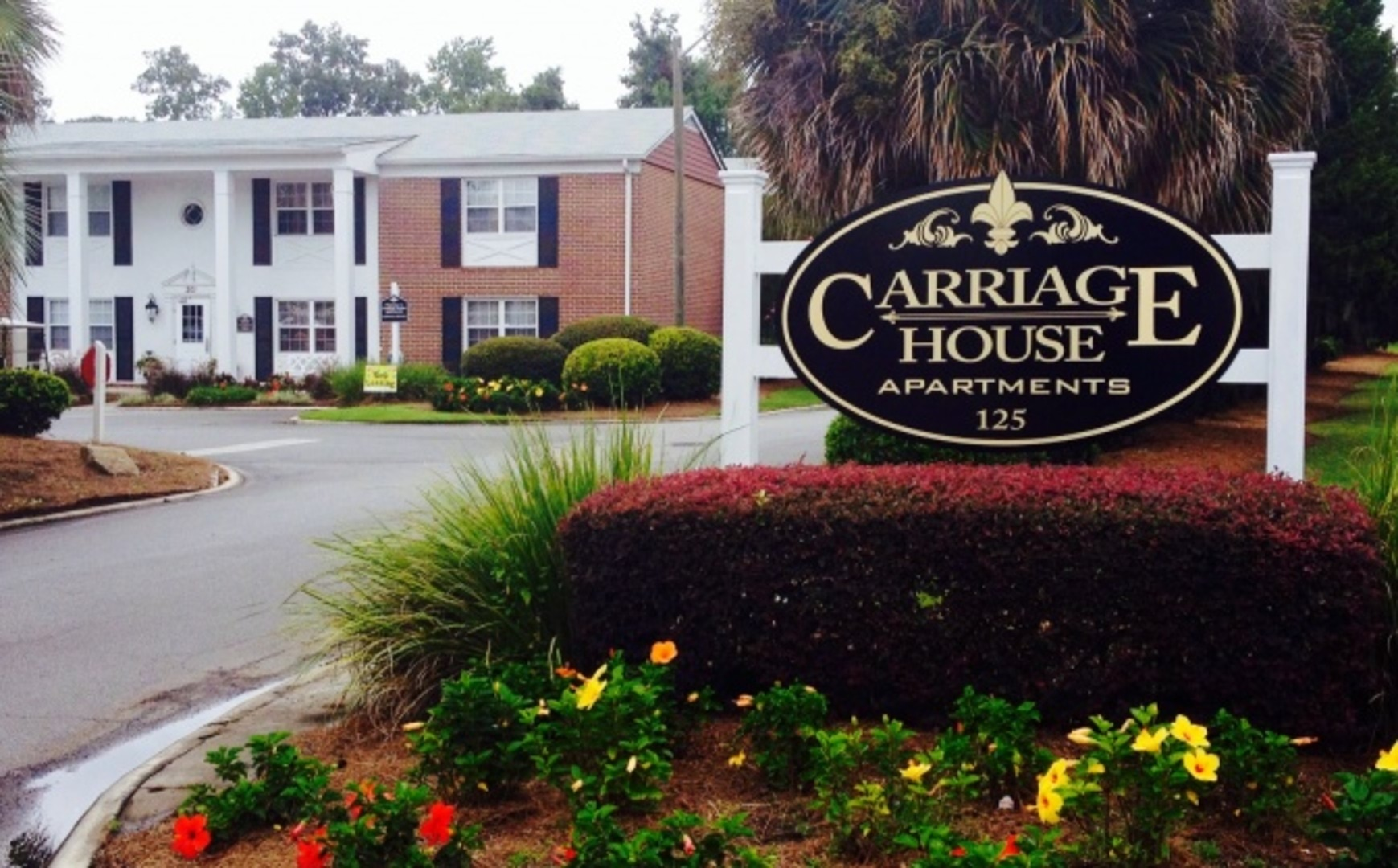 Jpg - Carriage house apartment