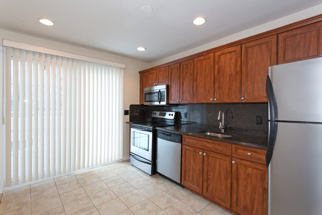 Fairfield Court West Babylon Ny Apartments For Rent