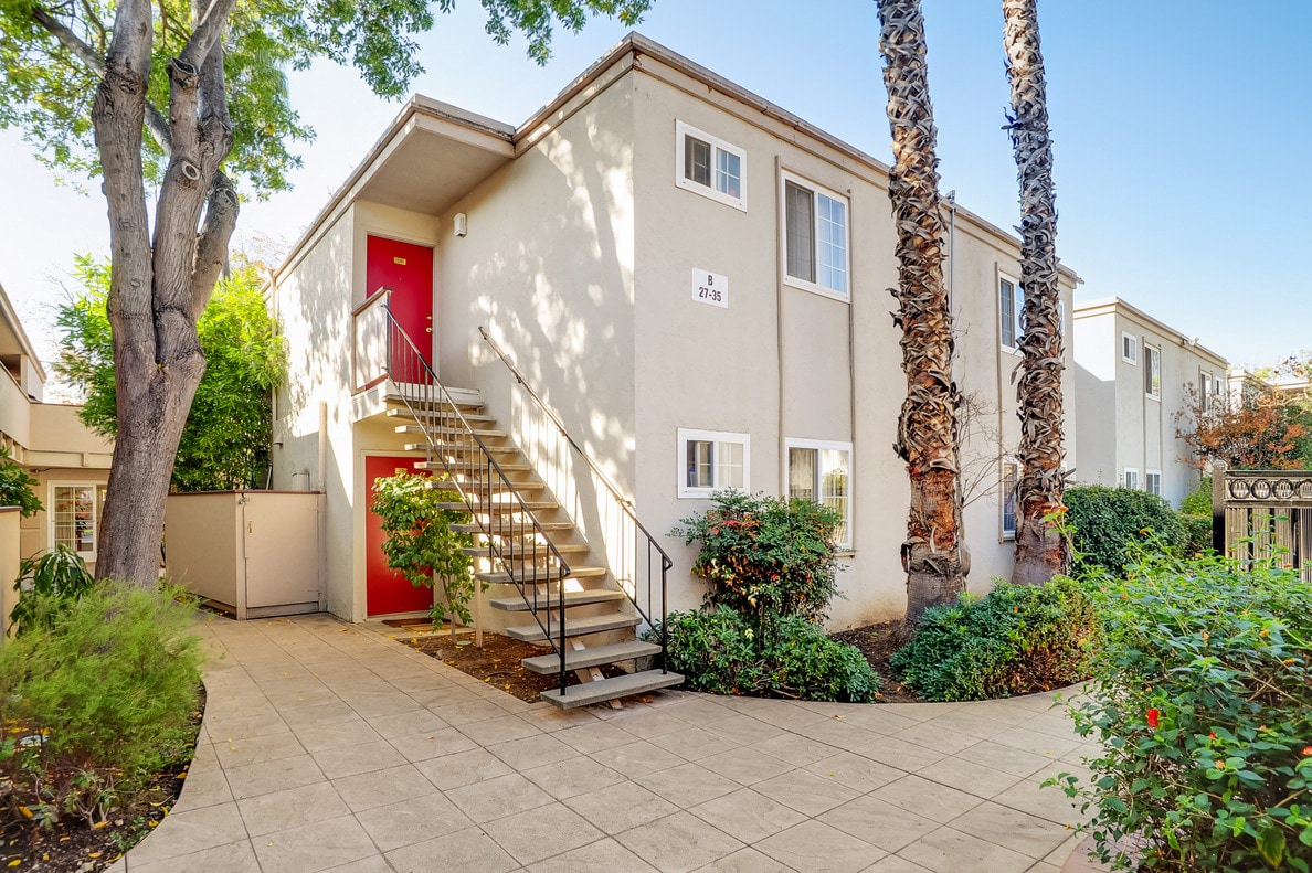 Lakeshore Apartment Homes - Concord, CA Apartments for rent