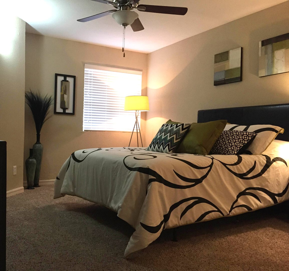 Photos Of Waterford Downs Apartments In Creve Coeur, MO