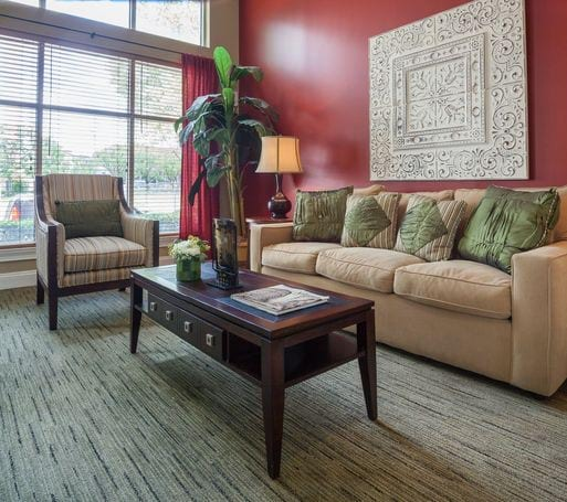 Auburn Glen Apartments: Atlanta, GA Apartment Pictures