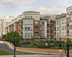 Plaza Square Apartments | New Brunswick, New Jersey, 08901  Mid Rise, MyNewPlace.com