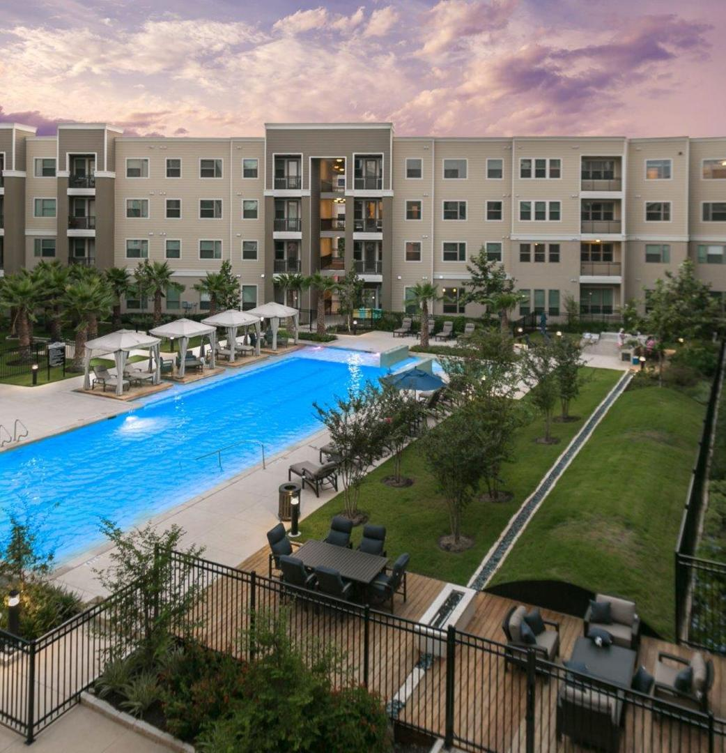 Medical Center Apartments: Gallery Of The District At Medical Center Luxury Apartments