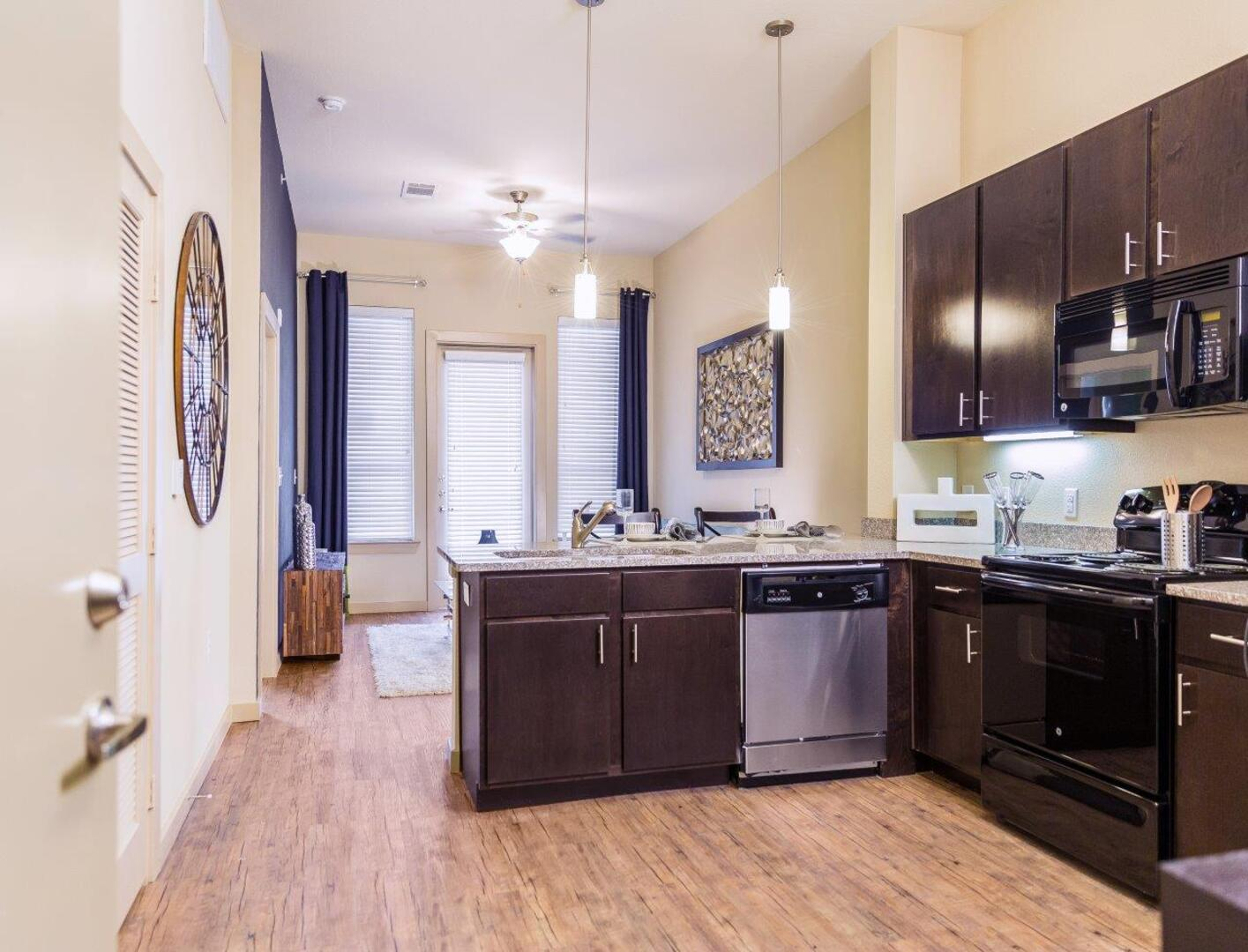 Take a tour through photos of our san antonio apartments for Elements apartments san antonio