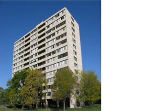 Thornwood House Apartments | University Park, Illinois, 60484  High Rise, MyNewPlace.com
