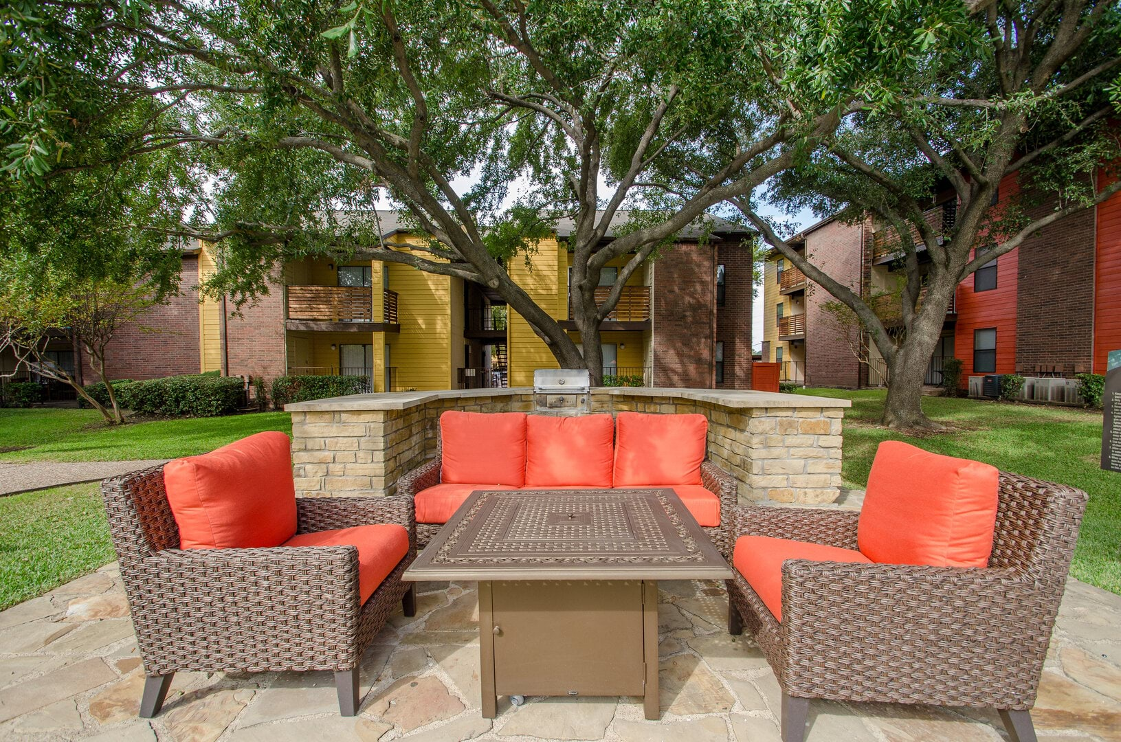 apartments for rent in dallas tx vantage point apartments home