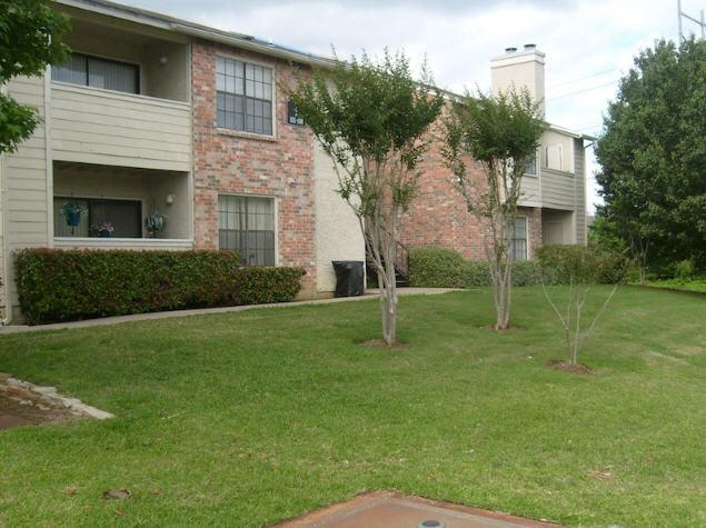 Hillcrest Apartments - Grand Prairie, TX Apartments for rent