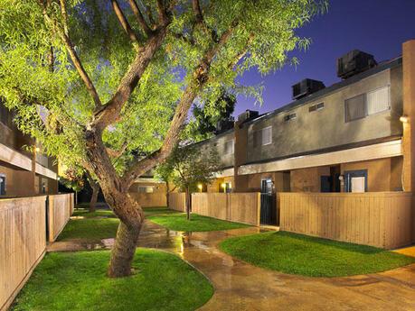 Villa La Jolla Apt Bakersfield Ca
