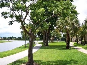Vista Lago at The Hammocks | Miami, Florida, 33196  Garden Style, MyNewPlace.com