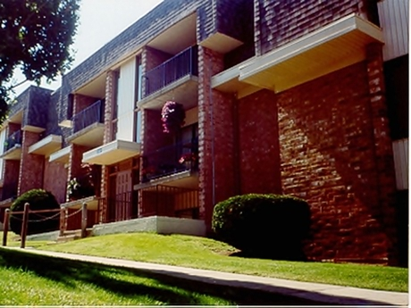 Image of apartment in Dayton, OH located at 2466 Wyoming St