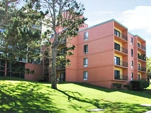 Lakewood Apartments | San Francisco, California, 94132  Mid Rise, MyNewPlace.com