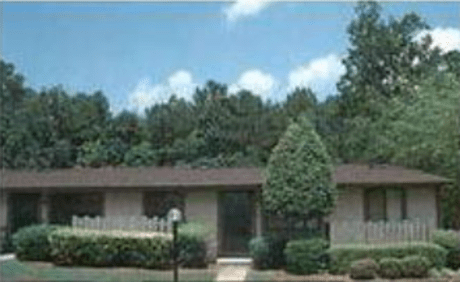 Image of apartment in Stone Mountain, GA located at 4941 Central Dr