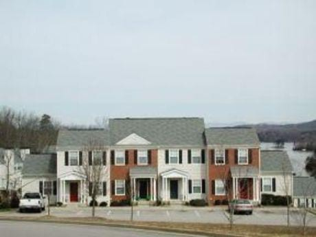 Image of apartment in Gainesville, GA located at 2363 North Cliff Colony Drive, A-1