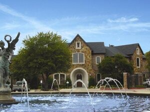 Villas at Parkside | Farmers Branch, Texas, 75244  Garden Style, MyNewPlace.com