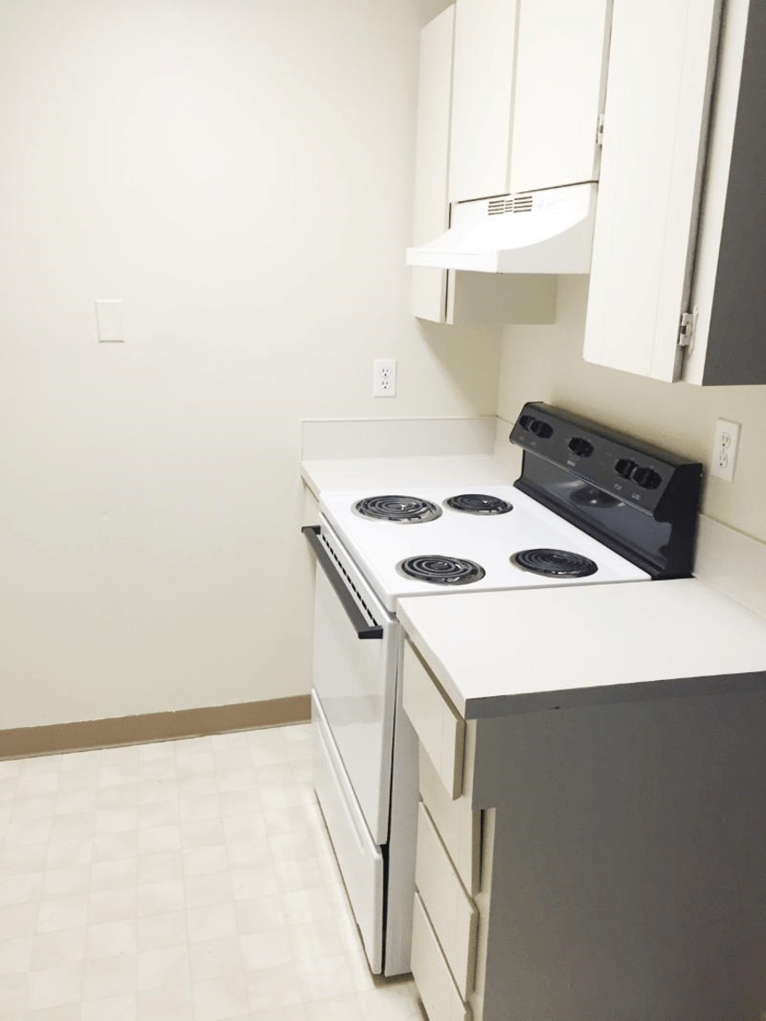 Apartments for Rent in Portland, OR | Emerald East - Home