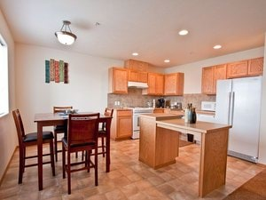 Appleway Rosewood Apartments | Spokane Valley, Washington, 99206  Garden Style, MyNewPlace.com