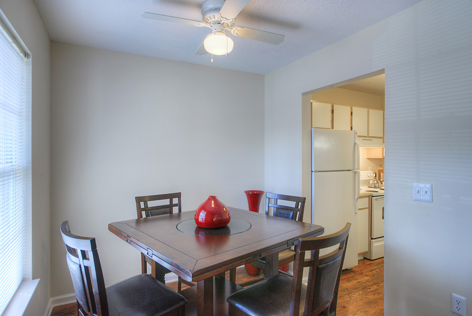 Apartments For Rent In Greensboro Nc The Retreat Home