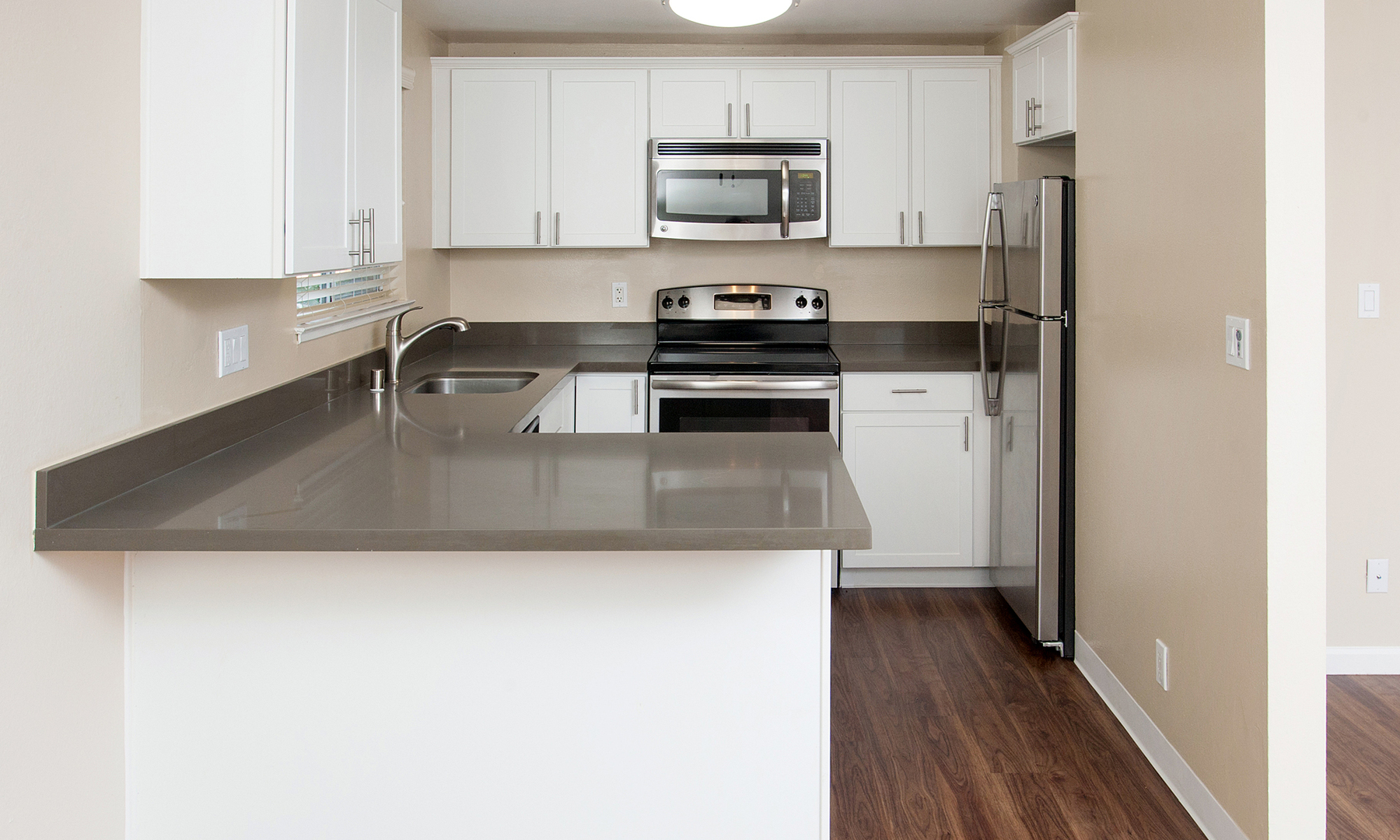 s of Colonial Gardens Apartments for Rent Fremont