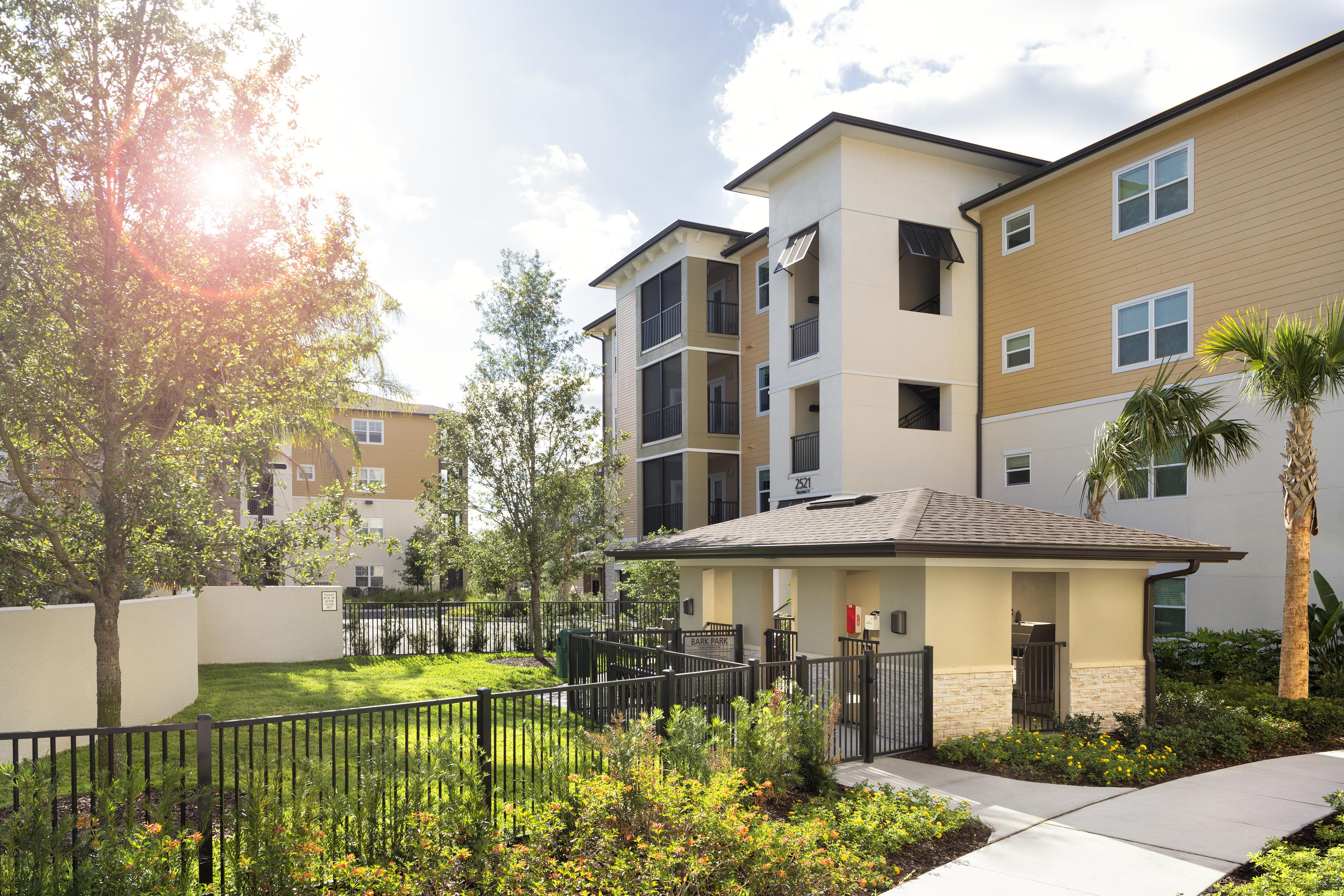 Saddle Ridge Bainbridge Apartments