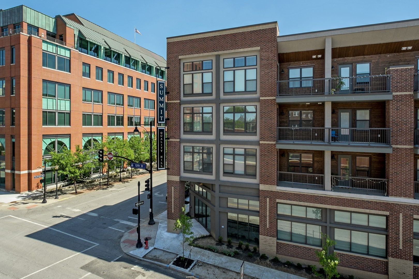 Summit On Quality Hill Luxury Apartments Downtown Kansas City