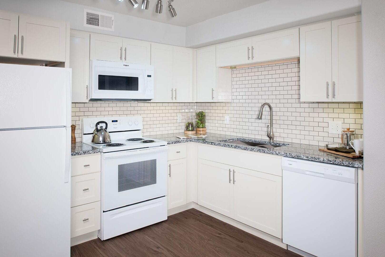 Apartments for Rent in Las Vegas, NV | Attiva Court - Home