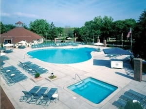 International Village Apartments | Bloomington, Minnesota, 55420  Garden Style, MyNewPlace.com