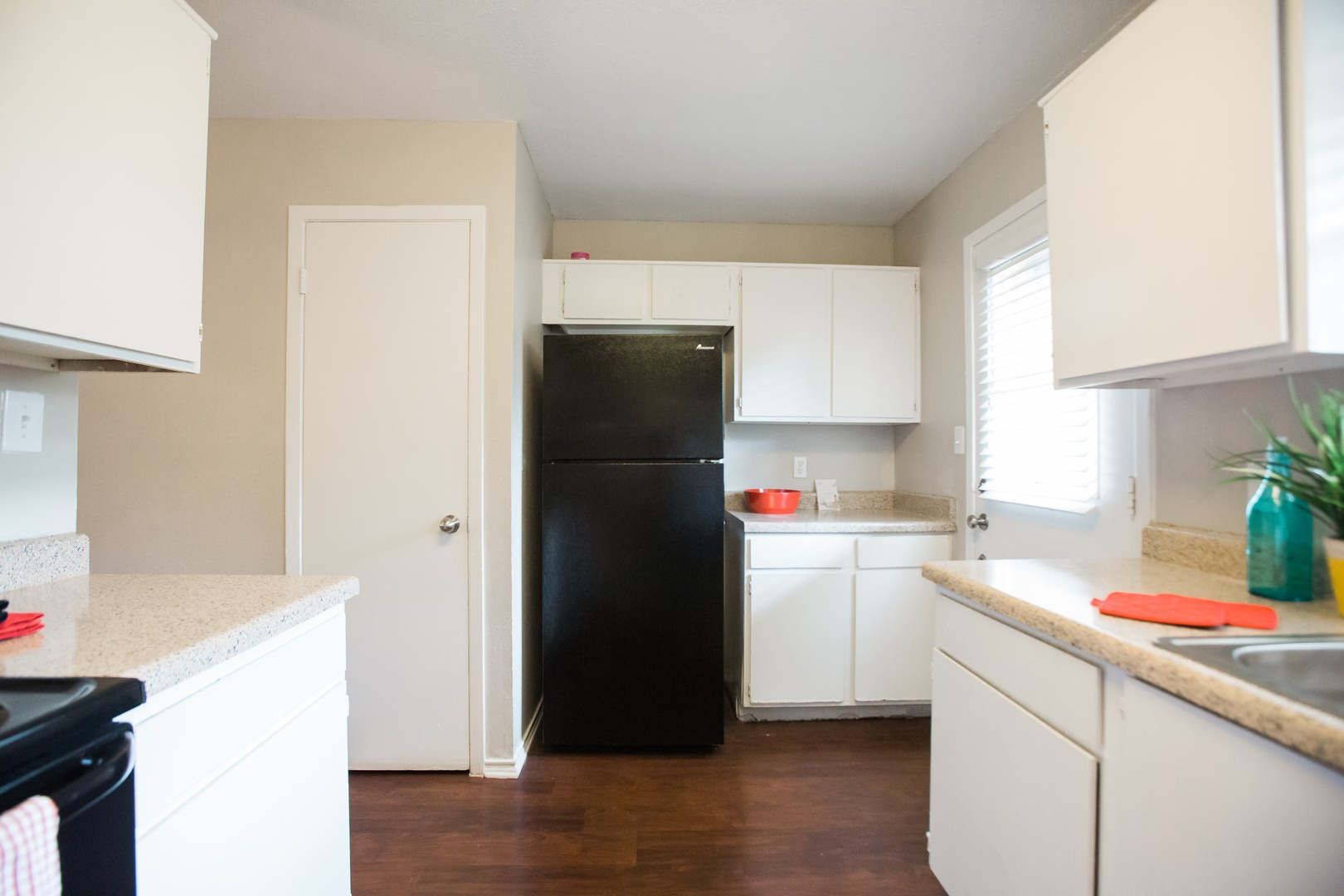 Apartments for Rent in Benbrook, TX | Hillstone Trinity Oaks - Home