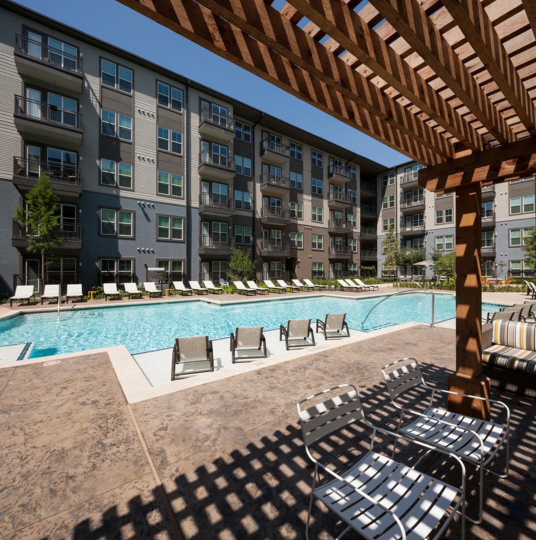 Avenue On Fairmount In Oak Lawn Apartments Dallas