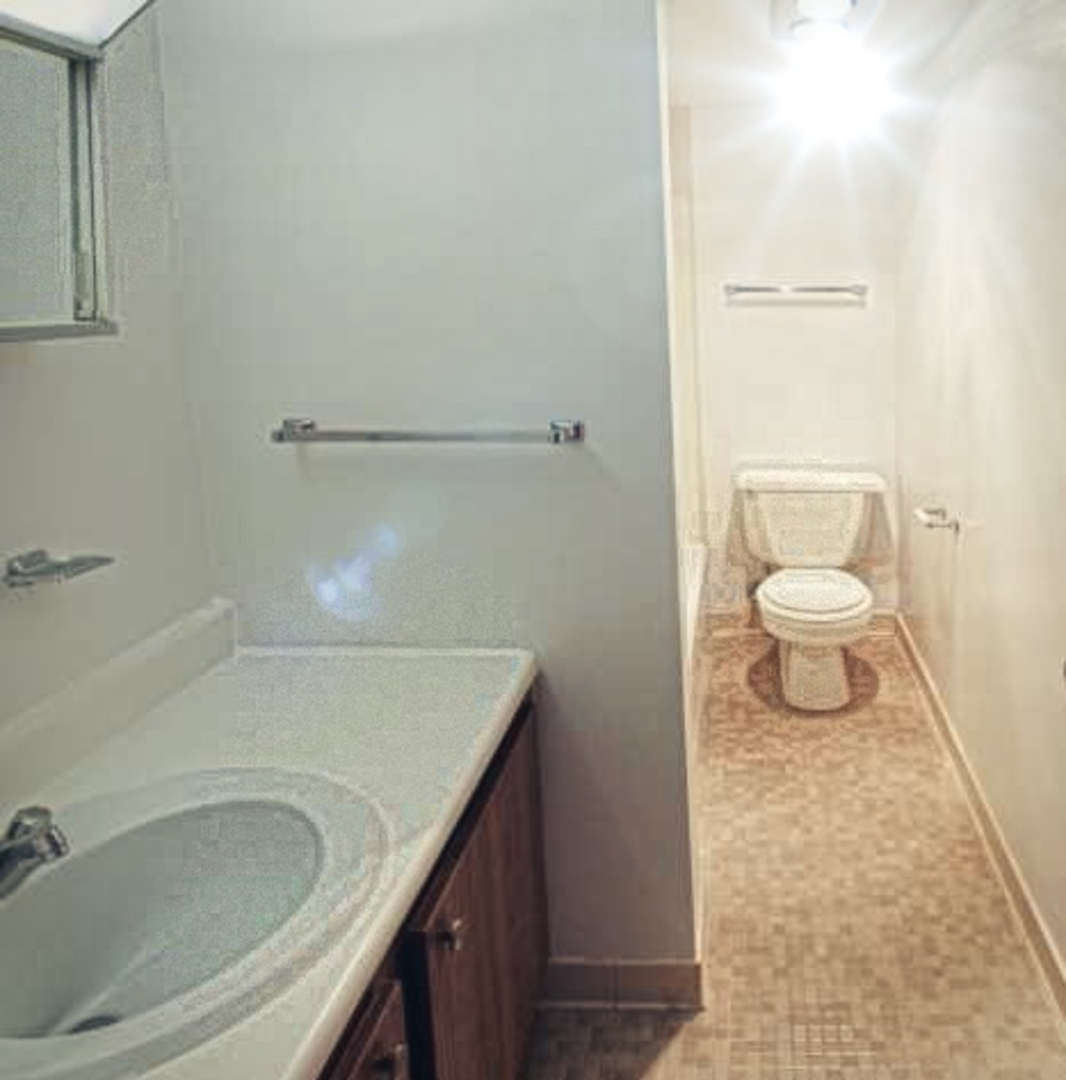 Madison Towers Photo Gallery | Syracuse, NY Apartment Pictures