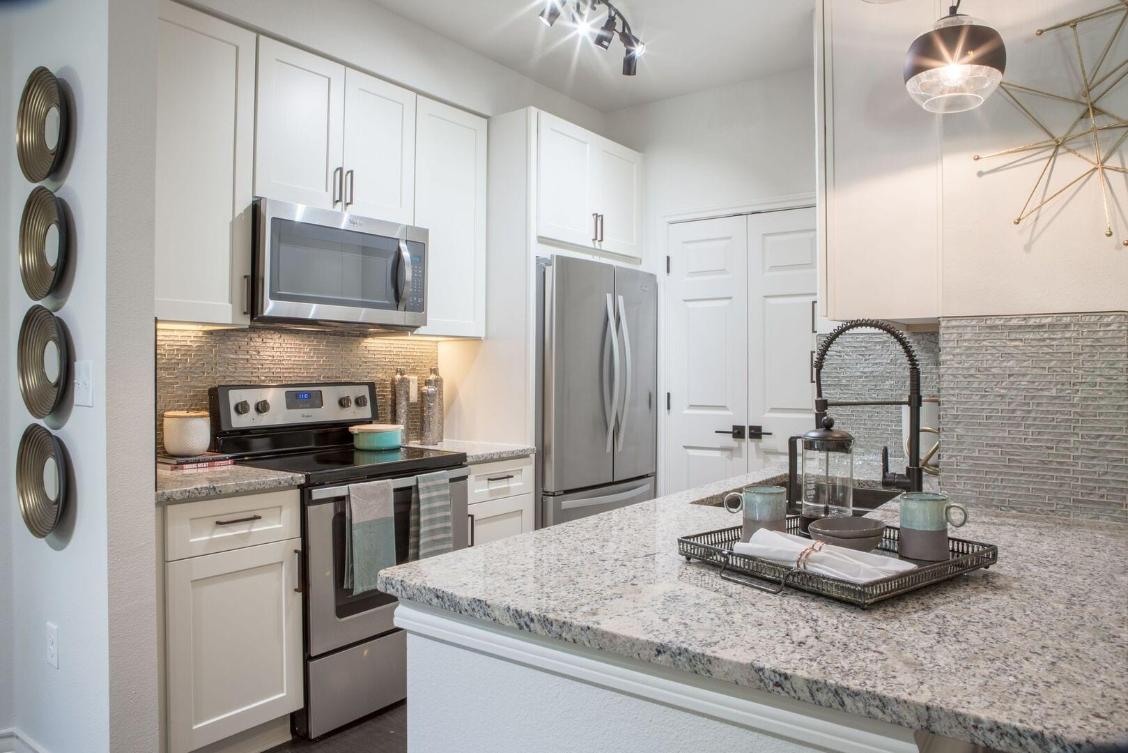 Apartments for Rent in Fort Worth, TX   The Laurel - Home