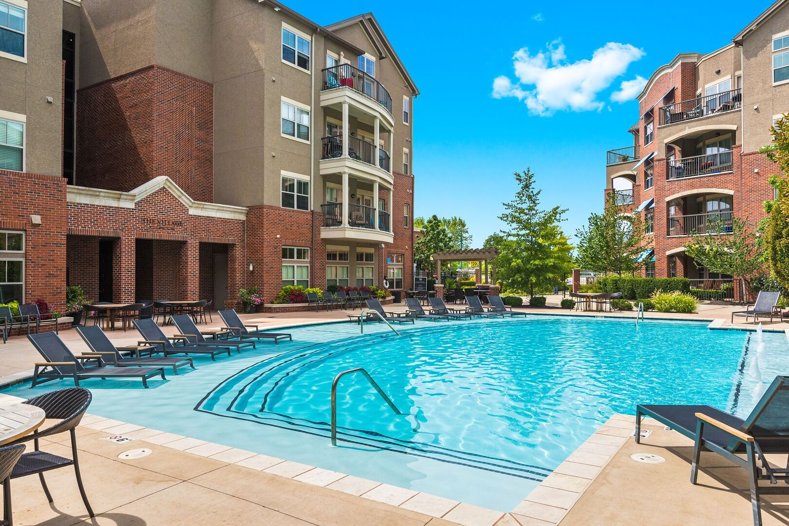 Luxury Apartments In Overland Park Ks Village Mission Farms