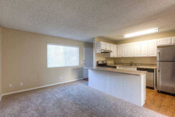 Veranda Apartment Homes - Fullerton, CA Apartments for rent