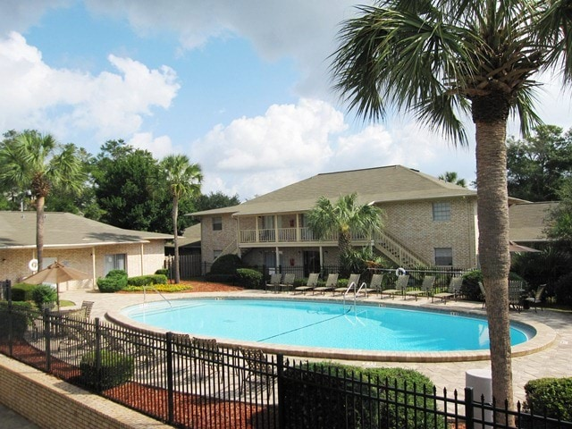 Image of apartment in Pensacola, FL located at 6115 North Davis Highway